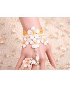 White Lace Vintage Flower Lolita Bracelet
