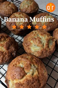 These delicious banana muffins are easy for kids to make. Baby Food Recipes, Food Baby, Muffin Bread, Star Food, Bread Cake, Banana Recipes, Breakfast Recipes, Sweet Tooth, Muffins