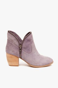 Chinese Laundry Strawberry Fields Booties in Lilac just brought these :) Sweater Weather, Crazy Shoes, Me Too Shoes, Baskets, Purple Shoes, Cute Boots, Vogue, Chinese Laundry, Strawberry Fields