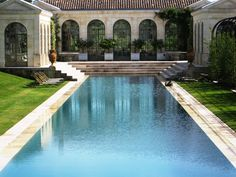 château du tertre Traditional pool, formal, symmetrical