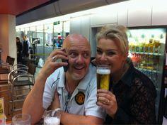 November 19, 2010: Beer-o-clock with Ricki Wilde at Berlin airport .