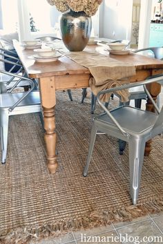 Burlap table runner- no sew