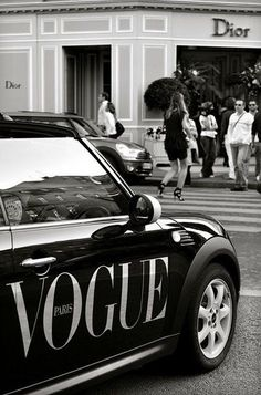 Dior Store on Avenue Montaigne. Oh yeah. And a Vogue Mini Cooper. Dior Store on Avenue Montaigne. Oh yeah. And a Vogue Mini Cooper. Gray Aesthetic, Black Aesthetic Wallpaper, Black And White Aesthetic, Aesthetic Collage, Aesthetic Vintage, Aesthetic Wallpapers, Aesthetic Girl, Aesthetic Bedroom, White Style