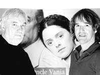 Oncle Vania (Compagnie Jean Duceppe) de Tchekhov, Michel Dumont-Catherine Trudeau-Yves Desgagné (Claude Lemelin  Assistance à la mise en scène et régie) Claude, Michel, Che Guevara, Staging