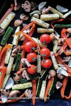 Tips voor de lekkerste geroosterde groenten | Koolhydraatarm Recept .nl Quick Healthy Meals, Healthy Dishes, Vegetarian Recepies, Low Carb Recipes, Healthy Recipes, Good Food, Yummy Food, Pasta Salad, Side Dishes