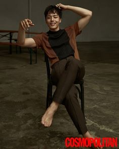 """With his drama """"Circle"""" taking off this month (and we haven't seen it yet!) Yeo Jin Goo took some time out to grace us with these pictures from June's issue of Cosmo. *heh*…"""