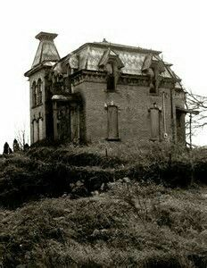 Abandoned Mansion In Fremont,Ohio