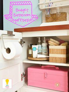 Budget Bathroom Organization Ideas tipsaholic.com #bathroom #organization http://tipsaholic.com/budget-bathroom-organization/