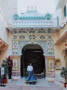 The World's Largest Travel Site Jaipur Travel, India Travel, Tips For Traveling Alone, Udaipur, Places Worth Visiting, Travel Outfit Summer, Rajasthan India, Travel Tours, Travel Alone