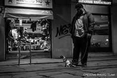 https://flic.kr/p/FubHtp | Friends |  --  FRIENDS --  , Milano, Navigli District. , Italy . More that day streetphotos here goo.gl/nHJw5j
