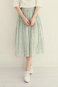 Fresh floral skirt