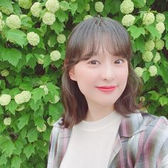 김지원 (@geewonii) • Instagram photos and videos Kim Ji Won Instagram, Famous Stars, Korean Actresses, Aesthetic Pictures, Love Story, Kdrama, Actors, Photo And Video, Celebrities