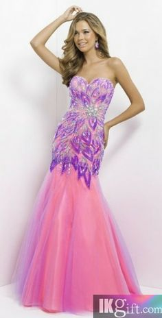 Shop for long prom dresses and long formal dresses at PromGirl. Long party dresses, floor-length prom dresses, long formal party dresses, and long evening gowns for special occasions. Blush Formal Dresses, Prom Dresses Long Pink, Elegant Prom Dresses, Long Prom Gowns, Homecoming Dresses, Bridal Dresses, Beautiful Dresses, Evening Dresses, Bridesmaid Dresses