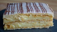 "O reteta super gustoasa de tort, ""Mille-feuille"" Mousse Au Chocolat Torte, Oreo Ice Cream, Russian Recipes, Sweet And Salty, Vanilla Cake, Food And Drink, Cooking Recipes, Sweets, Baking"