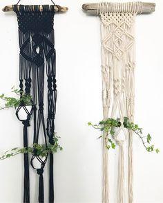 Macrame Wall Hanging - Tenture murale - suspension pour plantes en macramé - décoration bohème