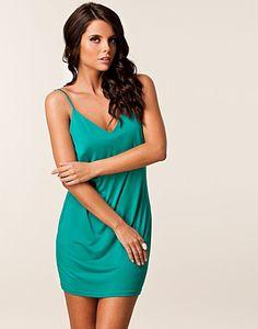 FESTKJOLER - JEANE BLUSH / ELVIRA DRESS - NELLY.COM