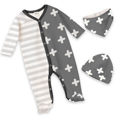 Keep Baby Feet Toasty & Warm All Winter Long in Footie Rompers from Tesa Babe!
