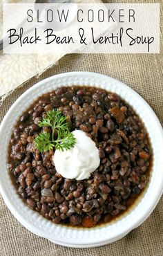 Slow Cooker Black Bean and Lentil Soup. It's not show stoppingly delicious, but it's cheap, easy, vegan, and healthy. Seitan, Tempeh, Bean Recipes, Soup Recipes, Vegetarian Recipes, Dinner Recipes, Healthy Recipes, Veggie Recipes, Best Lentil Recipes
