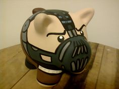 Bane $30.000 COL Elsa Frozen, Diy And Crafts, Arts And Crafts, Pasta Flexible, Wine Bottle Crafts, Pottery Painting, Football Helmets, Piggy Banks, Crafty