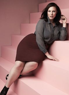 Plus Size Fashion Lo