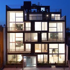 Double volumes of an apartment building