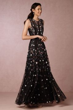 Black floral embroidered maxi dress | Fall wedding guest dress ideas