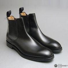 Godfrey D Chelsea Boot in Black Calf