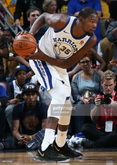 06e6e97aa Kevin Durant of the Golden State Warriors handles the ball against the New  Orleans Pelicans on October 20 2017 at Smoothie King Center in New Orleans.