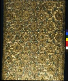 Dress fabric Place of origin: Italy Date: 1600-1620 Materials and Techniques: Woven silk, brocaded with metal thread Museum number: T.361-1970 | V&A