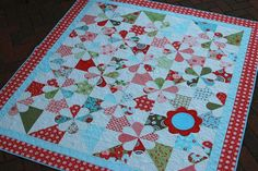 Hyacinth Quilt Designs: A finished quilt and more...