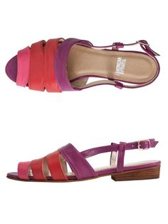#AMERICANAPPAREL #PINATRIPWITHAA Leather Cut-Out Sling Back Sandal
