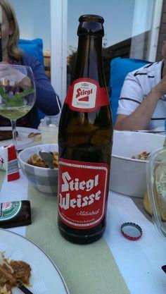 Weisse Beer Bottle, Drinks, Food, Circle Of Friends, Drinking, Beverages, Essen, Beer Bottles, Drink