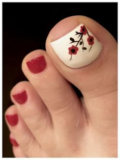nails - 40 toe nail art designs to keep up with trends 040 ~ producttall com Pedicure Designs, Pedicure Nail Art, Toe Nail Designs, Nails Design, French Pedicure, Jamberry Pedicure, Cute Toenail Designs, Purple Pedicure, White Pedicure