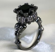 Skull Jewelry, Gothic Jewelry, Skull Rings, Jewelry Rings, Punk Jewelry, Western Jewelry, Hippie Jewelry, Jewellery, Black Gold Jewelry
