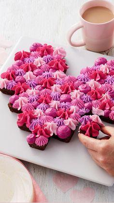 Valentine Desserts, Valentines Day Desserts, Valentine Cake, Valentines Gifts For Boyfriend, Valentines For Kids, Cake Cookies, Cupcake Cakes, Cupcakes, Dessert For Two