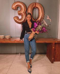 Happy Birthday Fotos, 30th Birthday Themes, 30th Birthday Ideas For Women, Birthday Room Decorations, Birthday Goals, 30th Birthday Parties, Birthday Balloons, Tumblr Birthday, Cute Birthday Pictures