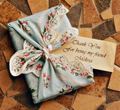 Hankies as gift wrap for small gifts. Find vintage hankies here: www.nanalulusli… Hankies as gift wrap for small gifts. Find vintage hankies here: www. Creative Gift Wrapping, Creative Gifts, Wrapping Ideas, Christmas Gift Wrapping, Christmas Gifts, Holiday Gifts, Craft Gifts, Diy Gifts, Green Wrapping Paper