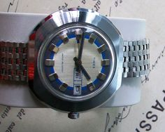 """Beautiful and rare Timex """"flying saucer"""" Day Date, 1970s by VintWatch on Etsy"""