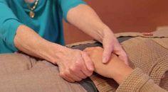 Könnyű módszer, ami megszabadít a fájdalmaktól! A kínai módszer 26 csakrát érint! - Ketkes.com Good To Know, Holding Hands, Health Fitness, Japan, Healthy, Hush Hush, Health, Gymnastics