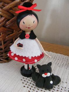 Clothespin Girls & Ms. Emily by LoriaDesigns on Etsy
