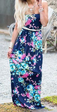 Emmalou Floral Maxi Navy @shopMVB