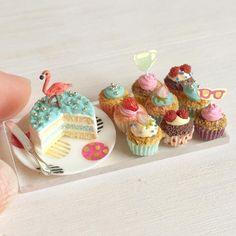 完成しました〜♩ #ミニチュアフード#ミニチュア#ドールハウス#食品サンプル#ハンドメイド#手作り#フラミンゴ#カップケーキ#miniaturefood #miniature #dollhouse #handmade #cupcake