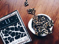 Rezept: Fructosearmes Schwarzes Sesam Sonnenblumenkern Krokant // Recipe: Fructose Free Black Sesame Sunflowerseed Brittle// by Fructopia.de #zuckerfrei #naschen #schwarzerSesam #ohneFructose