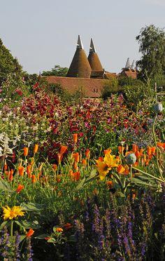 Sissinghurst Castle Gardens | Flickr - Photo Sharing!
