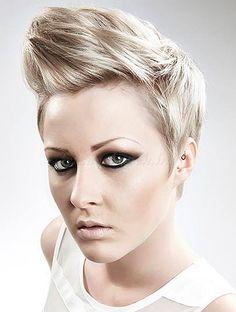 rövid női frizurák - tarajos frizura nőknek