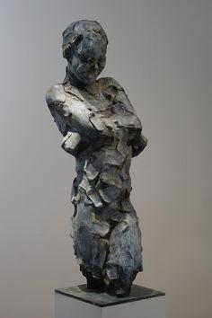 Sans titre - bronze - 105 cm by Catherine Thiry #sculpturactgallery #sculpture #catherinethiry #contemporarysculpture