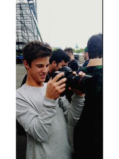 (7) cameron dallas | Tumblr