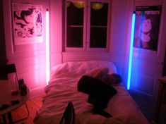 if I could find lights/lamps/floor lights like this my life would be complete Neon Bedroom, Bedroom Inspo, Bedroom Decor, Neon Room Decor, Garage Bedroom, My New Room, My Room, Dorm Room, Neon Aesthetic