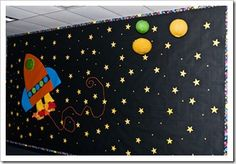 Great 3-D space display! http://thefirstgradeparade.blogspot.com/2011/08/back-to-school-hallwaysbulletin-boards.html