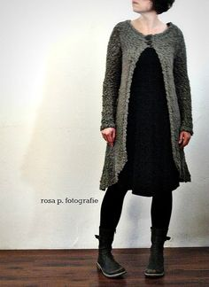 rosa p. Granny Square Sweater, Sweater Boots, Long Sweaters, Refashion, Playing Dress Up, Diy Clothes, New Look, Couture, Stylish